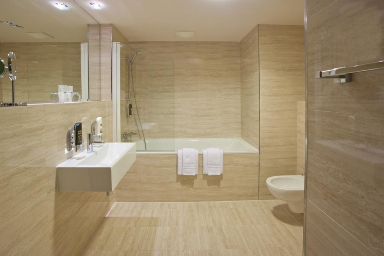 Salle de bain du Majestic Plaza Prague