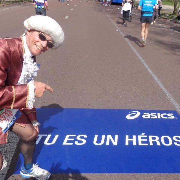 marathonien heureux à Prague